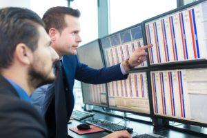 Professionelle Trader beim Arbitrage Trading